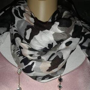 APT. 9 - Butterfly print scarf